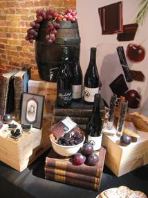 Visual Merchandising Events - Wedgwood books & wine display