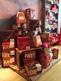 Food Visual Merchandiser -  Panetone