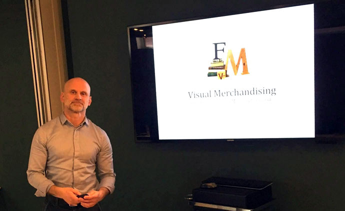 Food Visual Merchandiser - Training Presentation